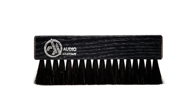 audio-anatomy_Vinyl-Brush_Oak-Wood-and-Goat-Hair-black_product